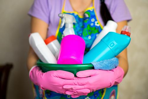 HappyCleans Så här gör du Hitta de bästa husstädningstjänsterna Edmond Cleaners